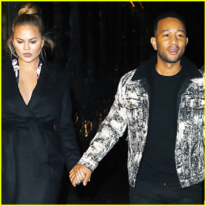 John Legend & Pregnant Chrissy Teigen Step Out for Dinner in NYC