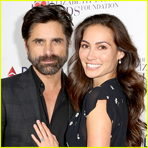John Stamos' Fiancee Caitlin McHugh Is Pregnant with Their First Child!