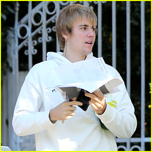 Justin Bieber Praises Jim Carrey After Taking Acting Lessons