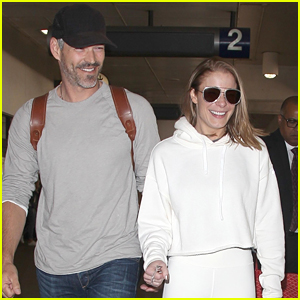 LeAnn Rimes & Eddie Cibrian Hold Hands While Jetting Out of Town