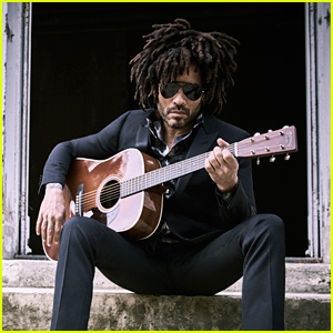 Lenny Kravitz Speaks About the Moment He Accidentally Exposed Himself on Stage