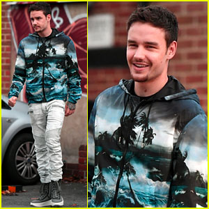 Liam Payne Shows Off His Tropical Style While Out in London