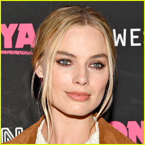 Margot Robbie Found a Severed Human Foot on a Beach in Nicaragua