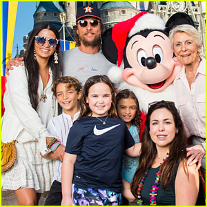 Matthew McConaughey & Camila Alves Bring Their Kids to Walt Disney World