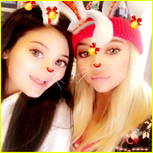 Pregnant Kylie Jenner Joins Her Family on Christmas Morning!