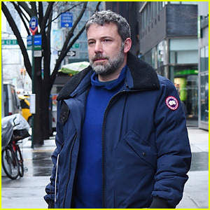 Ben Affleck Grabs a Coffee at Starbucks in New York City