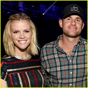 Brooklyn Decker & Andy Roddick Welcome Baby Girl (Photo)
