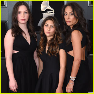 Chris Cornell's Wife & Daughters Attend Grammys 2018 In His Honor