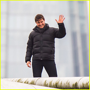 Tom Cruise Films 'Mission Impossible 6' High in the Sky in London!