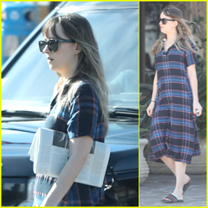 Dakota Johnson Picks Up Coffee After Leaving Chris Martin's House!