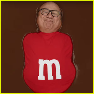 Danny DeVito Bathes in Chocolate in Super Bowl 2018 Commercial - Watch Now!