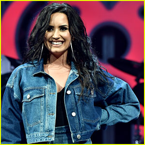 Demi Lovato Reflects on Giving Up Dieting & Food Shaming - Read Her Tweets!