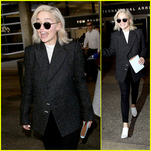 Emilia Clarke Is All Smiles While Arriving at LAX!