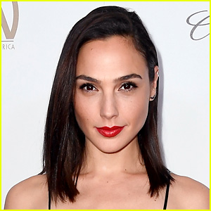Gal Gadot Reacts to Wonder Woman's Oscar Nomination Snubs