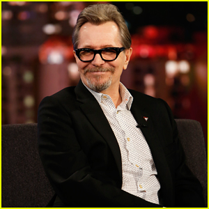 Gary Oldman Talks Golden Globes on 'Jimmy Kimmel' & Reveals He Proposed to His Wife as Winston Churchill!