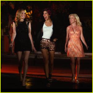 Heather Graham Stars in 'Half Magic' Red Band Trailer - Watch Now!