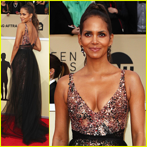 Halle Berry Glows on Red Carpet at SAG Awards 2018!
