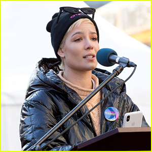 Celebrities Praise Halsey's Moving Women's March 2018 Speech