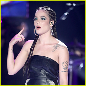 Halsey Calls Out Firefly Festival For Lack of Female Performers!