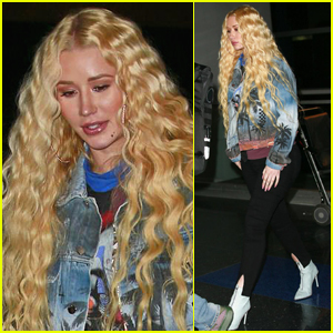 Iggy Azalea Debuts New Curly Hair at JFK Airport