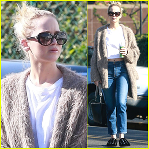 Jennifer Lawrence Rocks House Slippers While Out Shopping