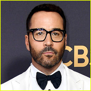 Jeremy Piven Faces Claims from Three More Women, Denies Them All