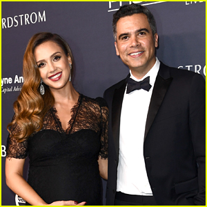 Jessica Alba Gives Birth to Baby Boy on NYE - See First Photo!