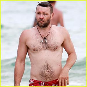 Joel Edgerton Takes a Shirtless Swim in the Ocean!
