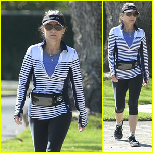 Julia Louis-Dreyfus Goes on a Morning Walk After Completing Her Last Day of Chemotherapy!