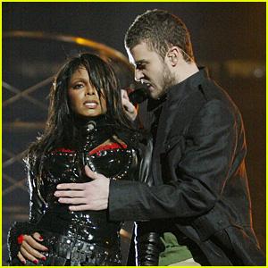 Justin Timberlake Recalls Janet Jackson Super Bowl Controversy: 'I Stumbled Through It' (Video)