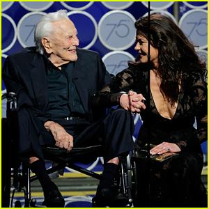 Kirk Douglas Speaks On Stage at Golden Globes at Age 101!