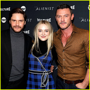 Luke Evans Looks Sexy in Form-Fitting Button-Down at Sundance 2018!