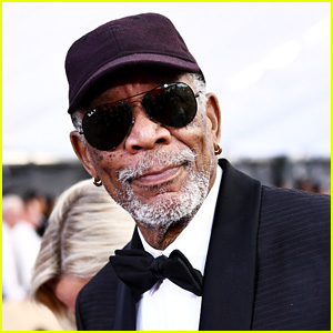 Lifetime Achievement Award Recipient Morgan Freeman Is All Smiles at SAG Awards 2018!