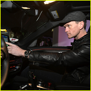 Neil Patrick Harris Checks Out a Self-Driving Car with Lyft