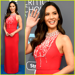 Olivia Munn Walks Critics Choice Awards 2018 Red Carpet Ahead of Hosting Duties!