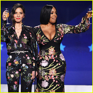 Olivia Munn & Niecy Nash Call Out Mark Wahlberg's Big Payday at Critics' Choice Awards 2018