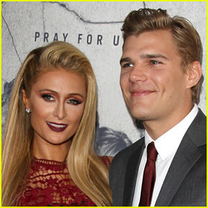 Watch the Moment Paris Hilton Got Engaged to Chris Zylka & Tried On Her Ring (Video)