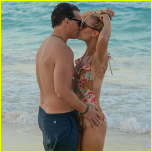 Peter Facinelli Couples Up With Girlfriend Lily Anne Harrison on Cancun Vacation!