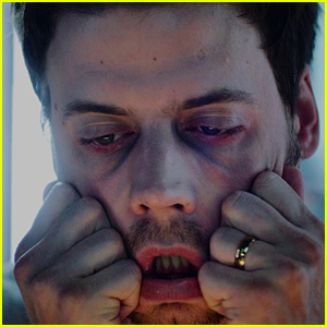 Francois Arnaud Must Stay Awake in 'Rapid Eye Movement' Teaser Trailer - Watch Now!