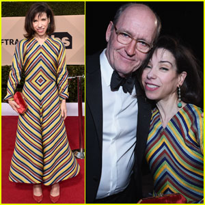 Sally Hawkins & Richard Jenkins Bring 'Shape of Water' to SAG Awards 2018!