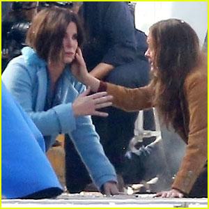 Sandra Bullock & Sarah Paulson Film Car Crash Scene for 'Bird Box'