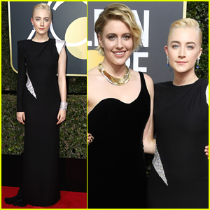 Saoirse Ronan & 'Lady Bird' Director Greta Gerwig Pose Together at Golden Globes 2018