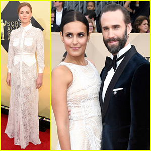 Handmaid's Tale's Yvonne Strahovski & Joseph Fiennes Hit the SAG Awards 2018 Red Carpet!