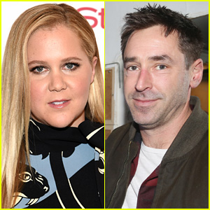 Amy Schumer Is Married to Chris Fischer!
