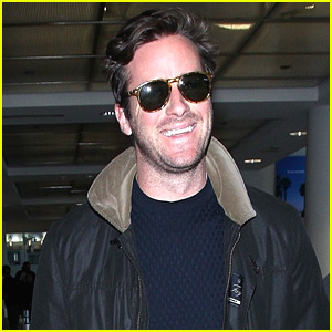 Armie Hammer Greets Fans at LAX Airport!