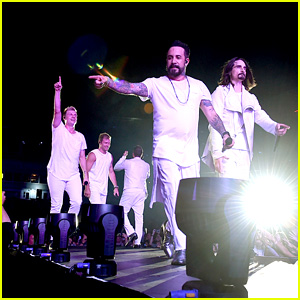 The Backstreet Boys Are Extending Their Las Vegas Residency Through 2018!
