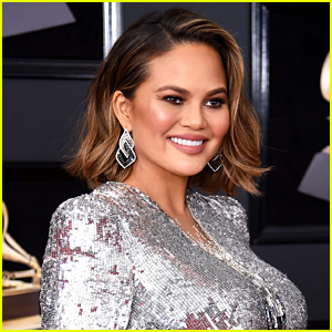 Chrissy Teigen Shares Topless Baby Bump Photo!
