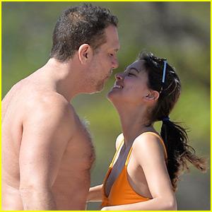 Dane Cook, 45, & Girlfriend Kelsi Taylor, 19, Flaunt PDA in Hawaii