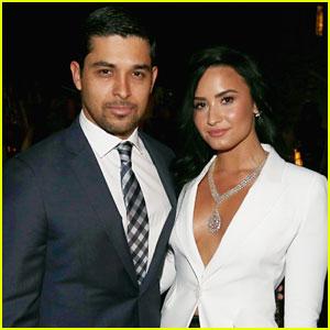 Exes Demi Lovato & Wilmer Valderrama Reunite For Lunch!