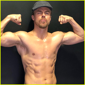 Derek Hough Works Out Shirtless in His Sweatpant Jeans